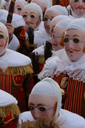 Le folklore en temps de crise. Entre souffrance et espoir ? Carnaval, Géants, Doudou…